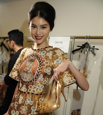 dolce-and-gabbana-womenswear-collection-FW-2014-fashion-show-backstage-photogallery-shoes
